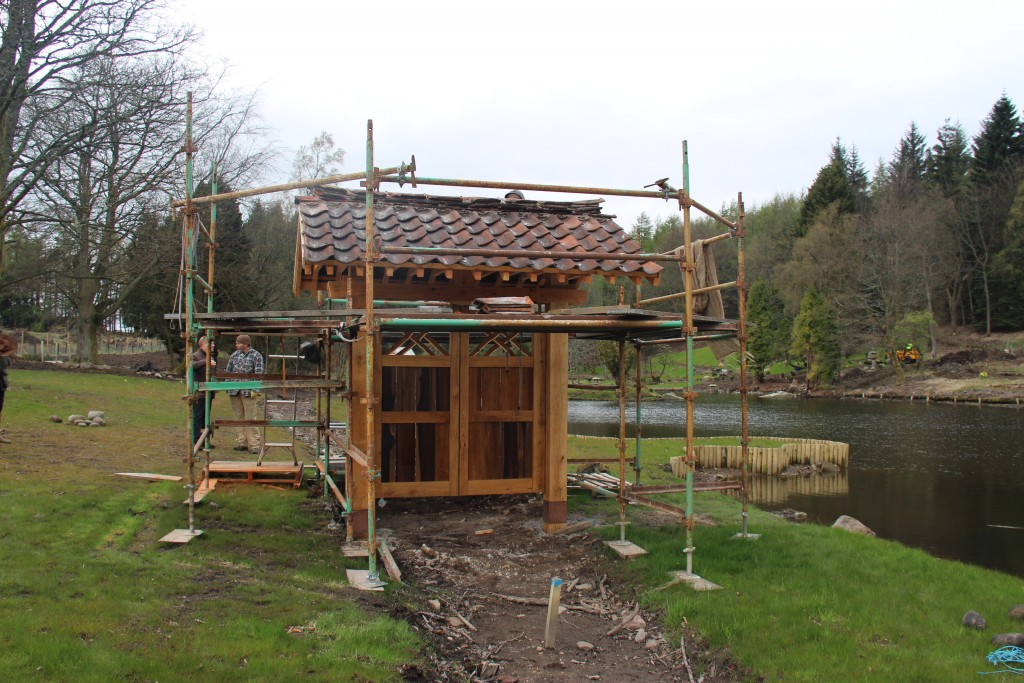 The new welcome gate under construction. Constructed by Scottish craftsmen to the original design, it represents the collaboration between Scottish and Japanese design, skills and craftsmanship which is reflected throughout the garden.