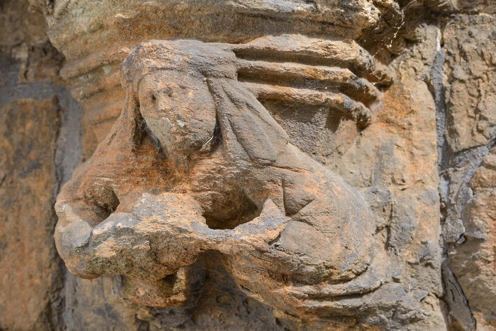 An angel stone carving
