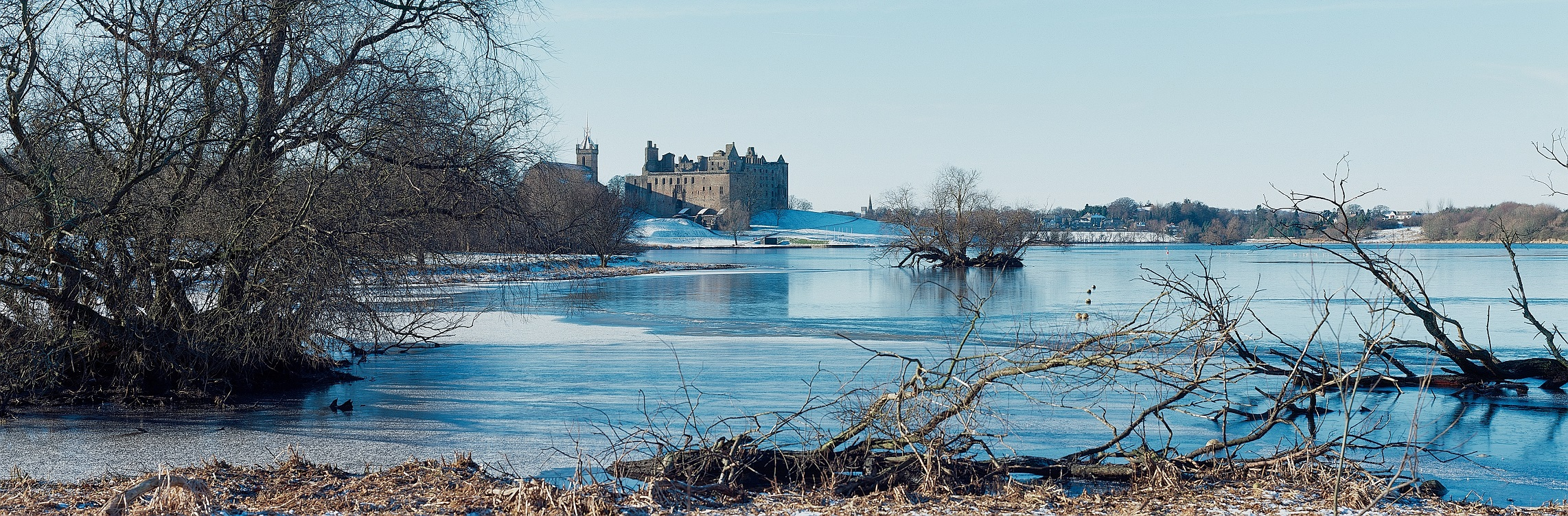 Linlithgow Palace in Winter