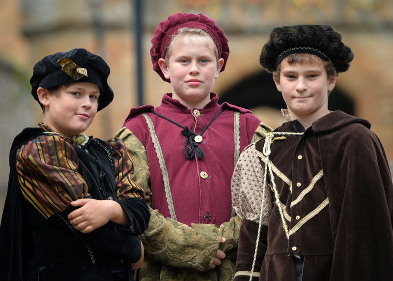 YOYP2018 Three junior tour guides dressed in medieval attire