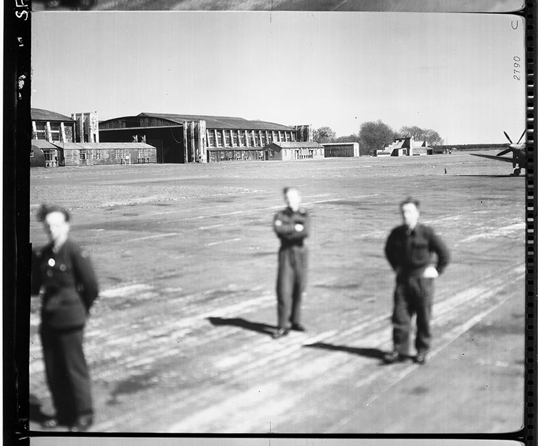 RAF ground crew and Supermarine Spitfire aircraft at Leuchars in 1959