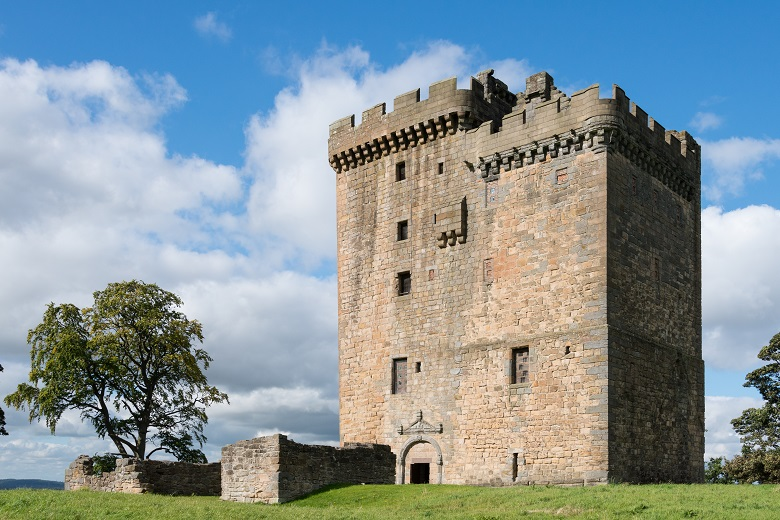 View of Clackmannan Tower in its hilltop position