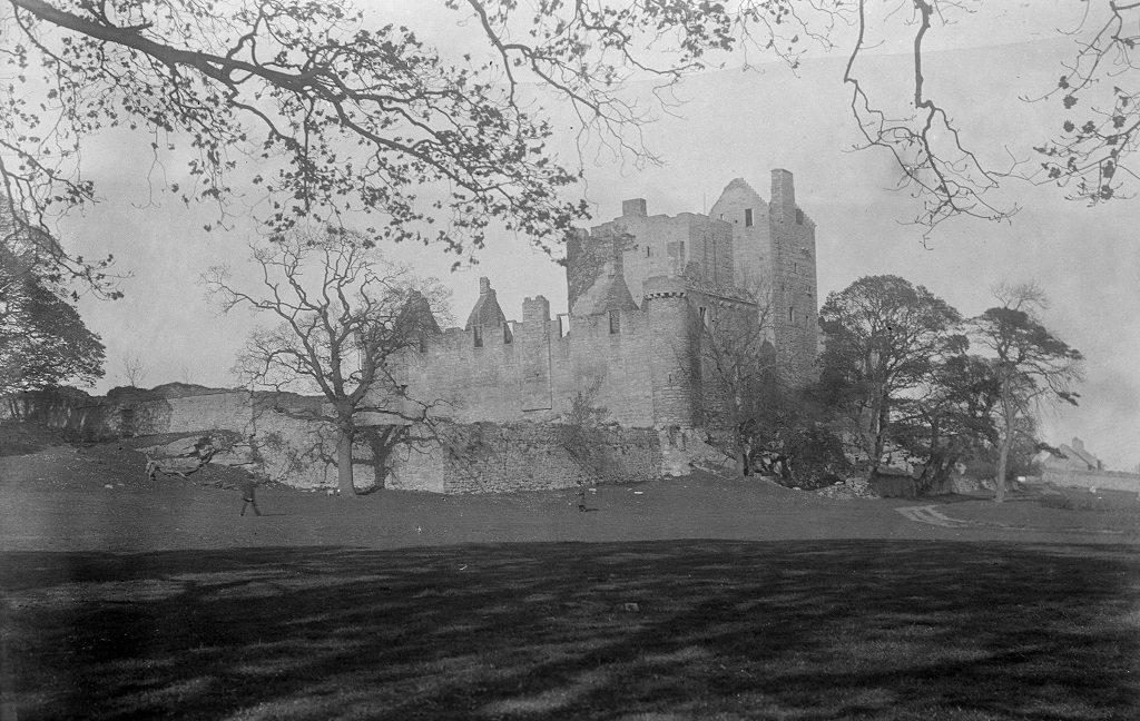 Archive black and white image of the ruins of Craigmillar Castle