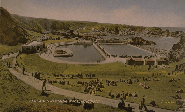 Vintage postcard of visitors enjoying a day at an outdoor lido