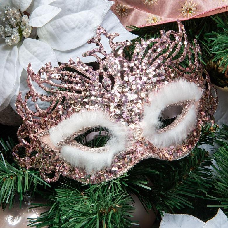 A sparkly glitter mask