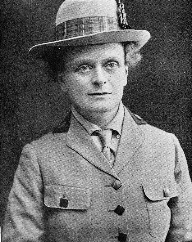 A photo of Dr Elsie Inglis in uniform